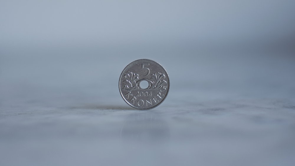 den norske krona faller i verdi