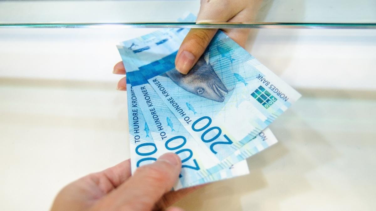 Hvorfor gjør det så vondt å betale med kontanter?